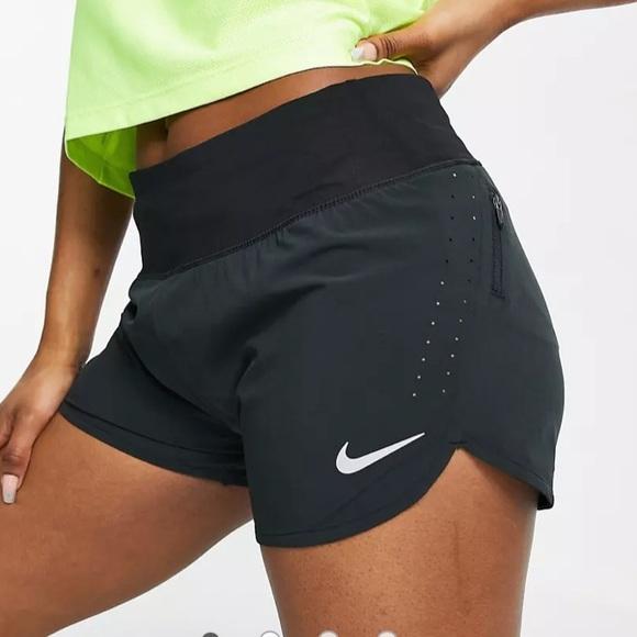 Nike Running Eclipse 3inch Shorts